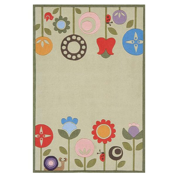 Candis Floral Handmade Tufted Light Green Area Rug