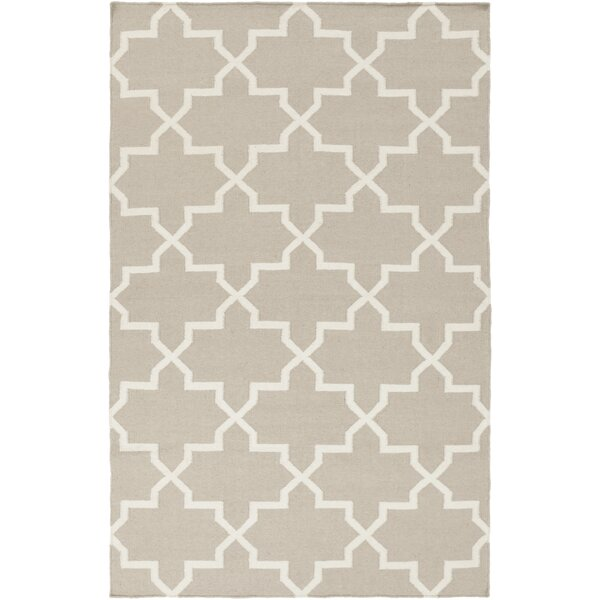 Bangor Beige/White Geometric Area Rug by Ebern Designs