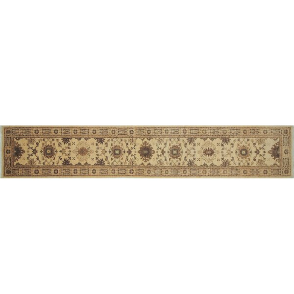 One-of-a-Kind Romona Hand-Knotted Runner Ivory Indoor Area Rug by Isabelline