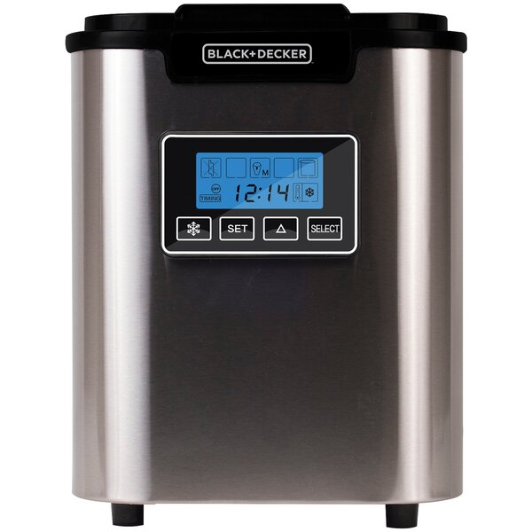 26 lb. Daily Production Freestanding Ice Maker by Black + Decker