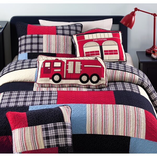 Patchwork Quilt Set by Cozy Line Home Fashion