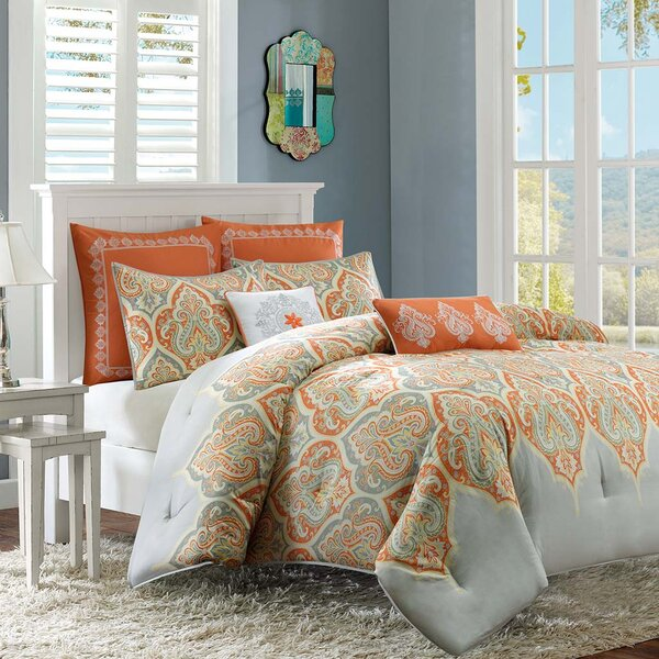 Lowall Comforter Set by Bungalow Rose
