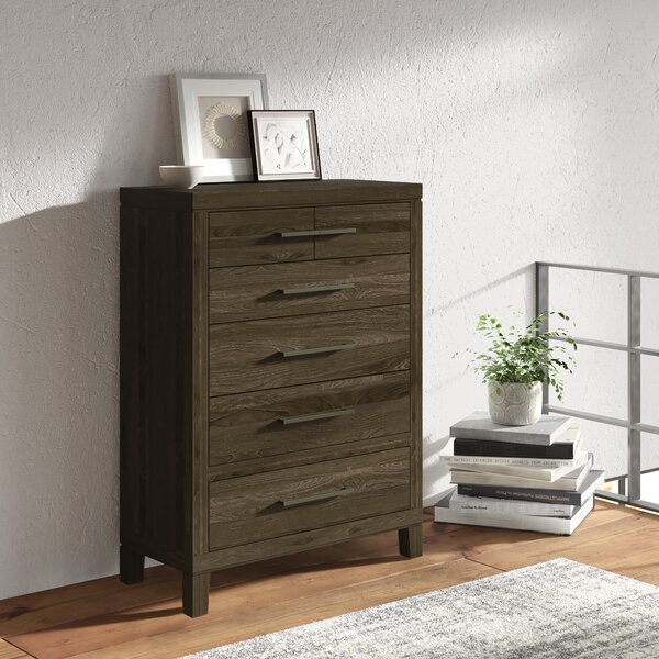 Dontae 6 Drawer Chest by Greyleigh
