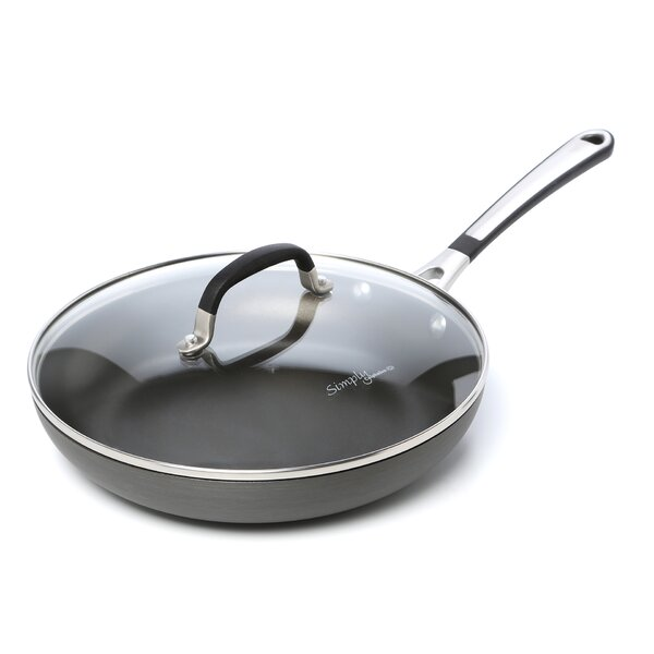Simply Nonstick Omelette Pan with Lid by Calphalon
