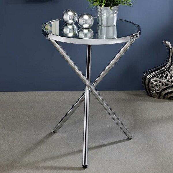 Klinger Modern Metal End Table by Everly Quinn