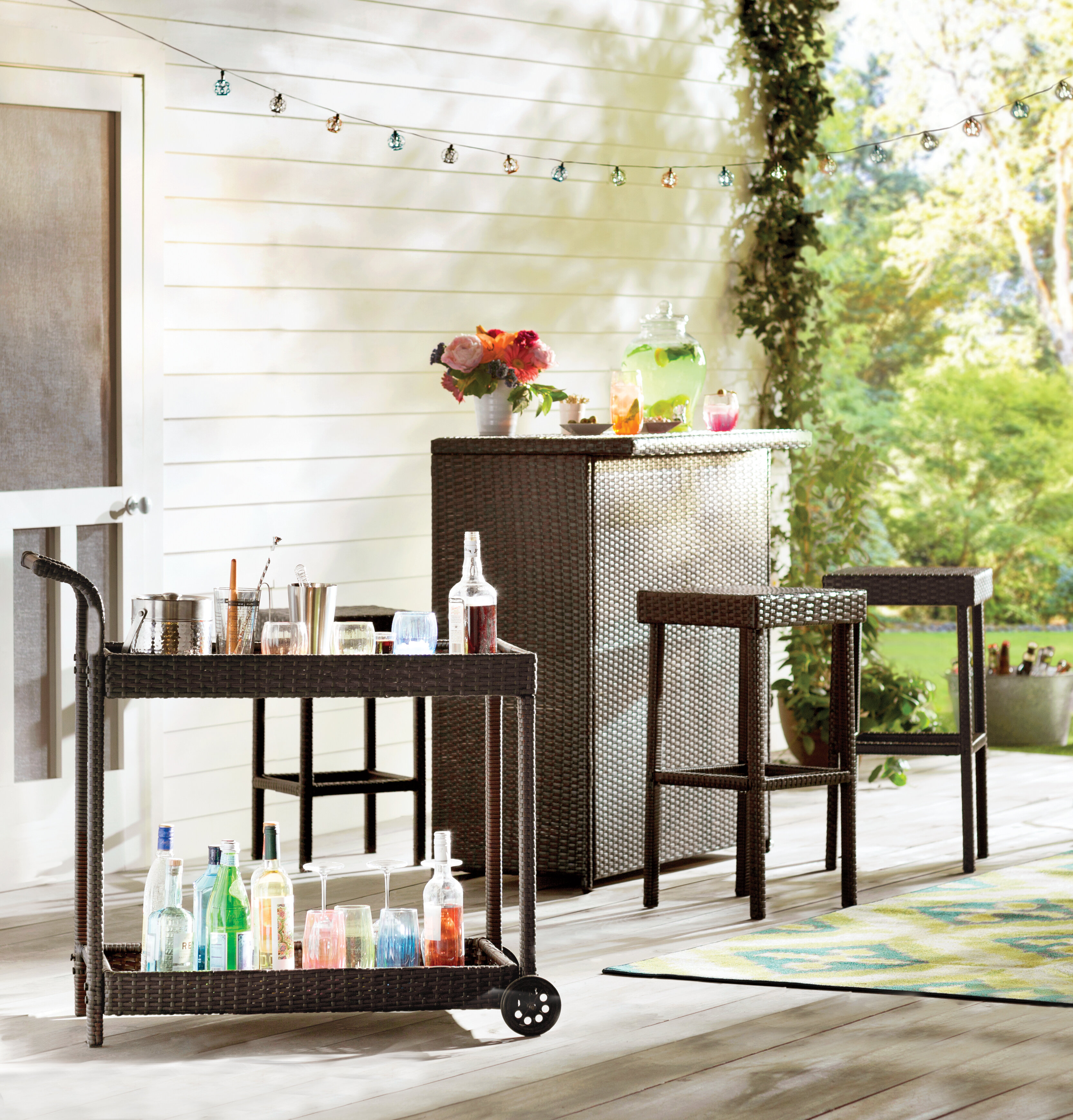 wicker outdoor bar set