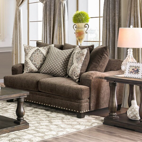 Find Popular Weinman Loveseat by Darby Home Co by Darby Home Co