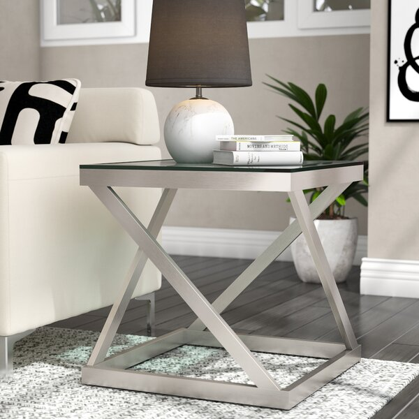 Evadne End Table by Ivy Bronx