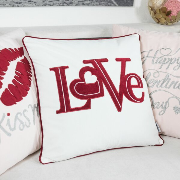 Duplantis Applique Velvet Throw Pillow by The Holiday Aisle