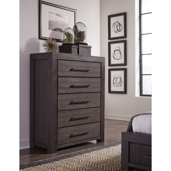 Robbs 5 Drawer Dresser by Union Rustic