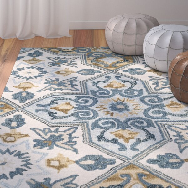 Tomo Hand-Hooked Ivory/Blue Area Rug by Bungalow Rose