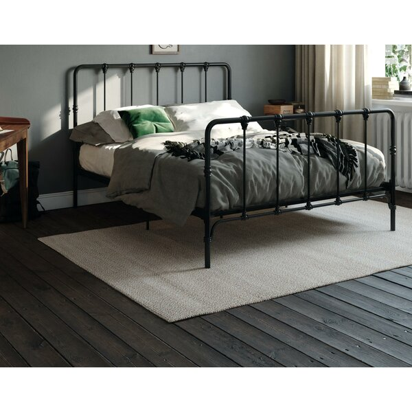 Gorski Farmhouse Metal Platform Bed by Charlton Home