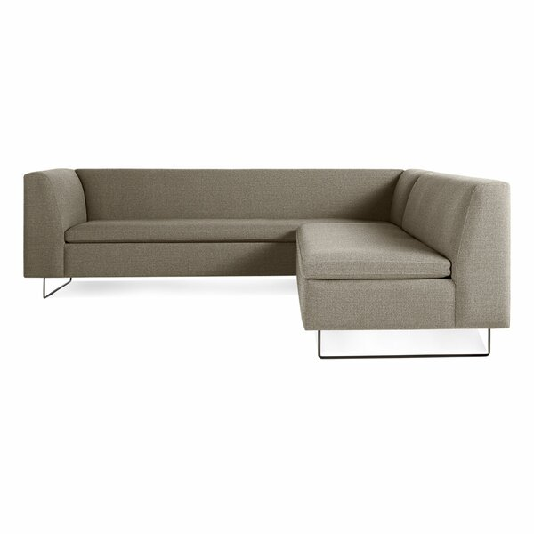 Bonnie & Clyde 77 Right Hand Facing Sectional
