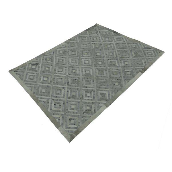 Woolley Hand-Tufted Silver/Gray Area Rug by Latitude Run