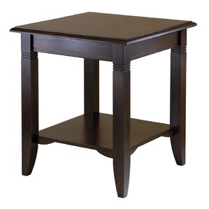 Beckwood End Table by Charlton Home