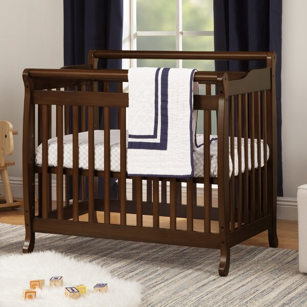 Emily 2-in-1 Mini Convertible Crib by DaVinci
