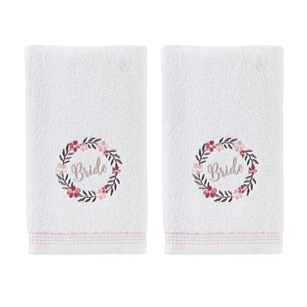 Lyman Wreath Cotton Hand Towel (Set of 2) by Winston Porter