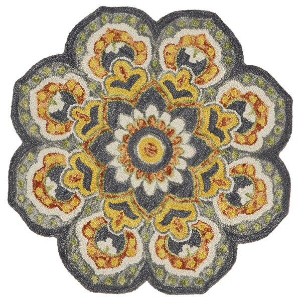 Arla Floral Medallion Gray/Yellow Area Rug by Darby Home Co