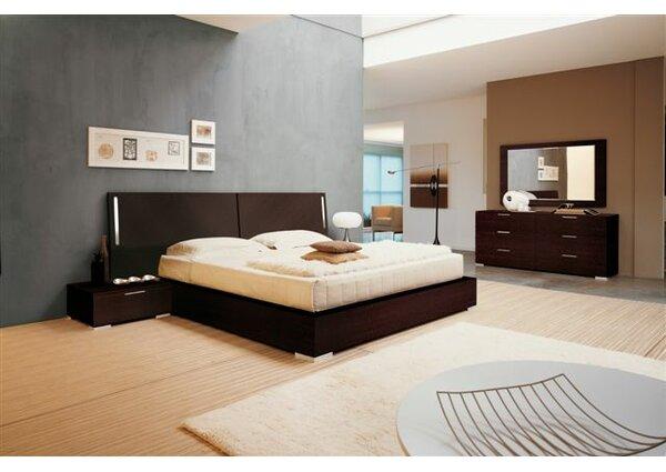 Enter Platform Configurable Bedroom Set by YumanMod