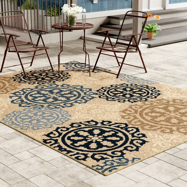 Maywood Beige/Navy/Blue Indoor/Outdoor Area Rug by Red Barrel Studio