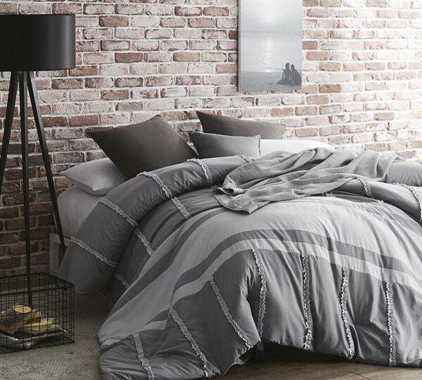 Whiteaker Dual Tone Linear Ruffles Comforter by Gracie Oaks