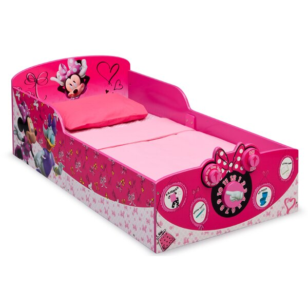 Minnie Mouse Toddler Bed by Delta Children