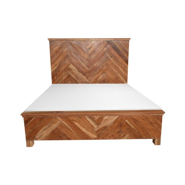 Reynaldo Wooden Queen Platform Bed by Union Rustic