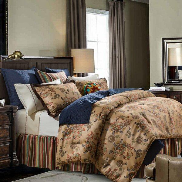Ria Comforter Set