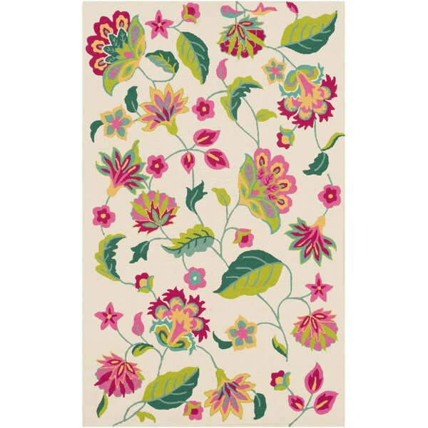 Pelchat Floral Hand-Hooked Ivory/Green Indoor/Outdoor Area Rug by Bungalow Rose