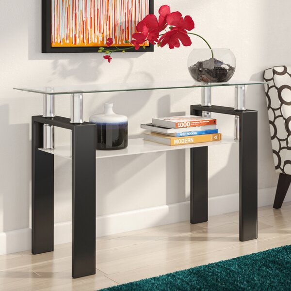 Review Makale Console Table
