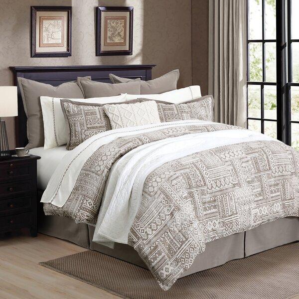 Ezell Comforter Set