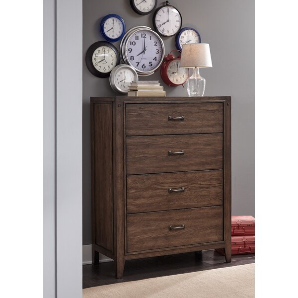 Ramiro 4 Drawer Chest by Gracie Oaks