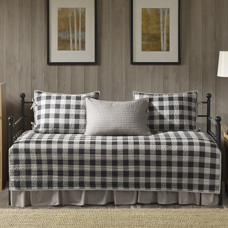 Buffalo Check 5 Piece Quilt Set