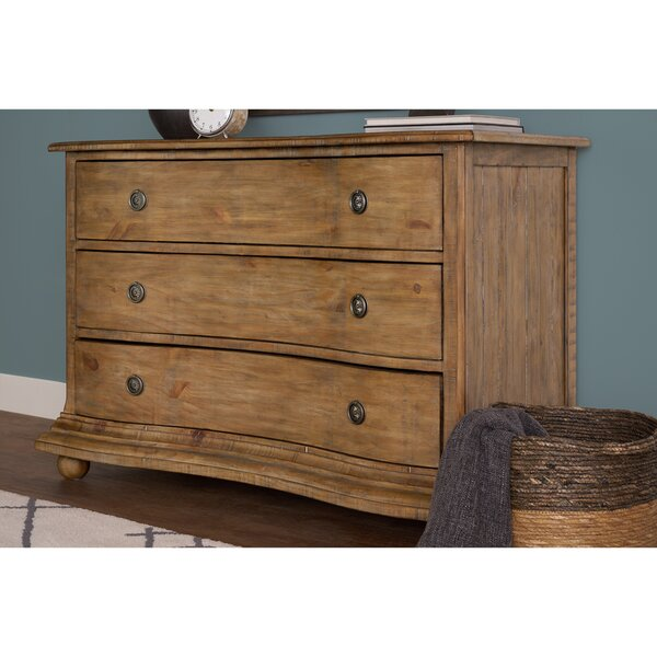 Dunwich Curved Chest of 3 Drawers Dresser by Darby Home Co