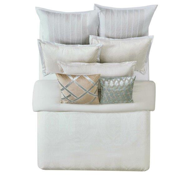 Tristano Comforter Set