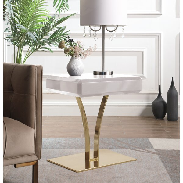 Lafon End Table by Everly Quinn