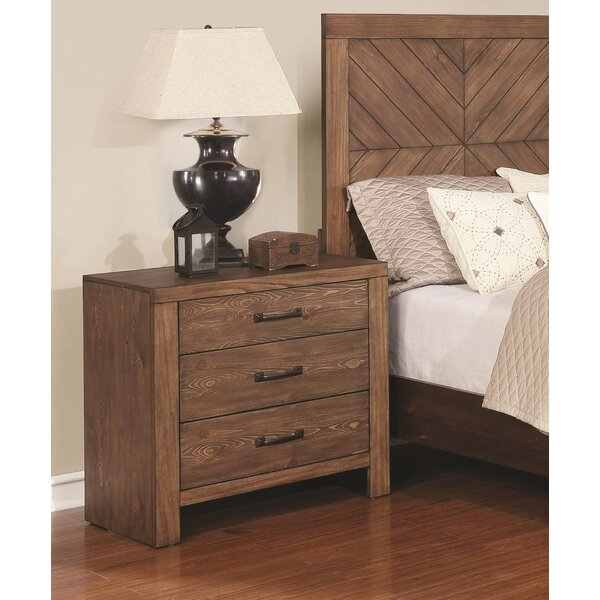 Pasha 3 Drawer Nightstand by Union Rustic