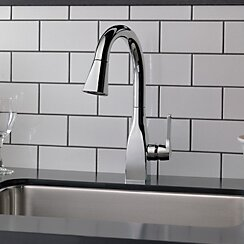Mateo Pull Down Single Handle Kitchen Faucet with MagnaTite® Docking and Diamond Seal Technology by Delta