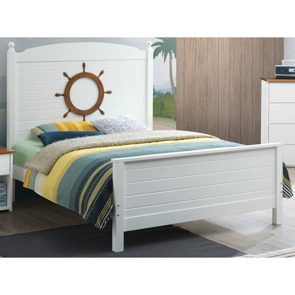 Lasater Full Platform Bed by Isabelle & Max