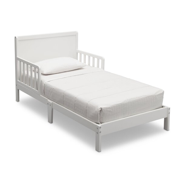 Fabio Convertible Toddler Bed by Delta Children