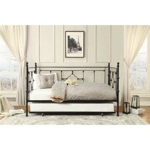 Sadie Quatrefoil Daybed with Trundle Alcott Hill