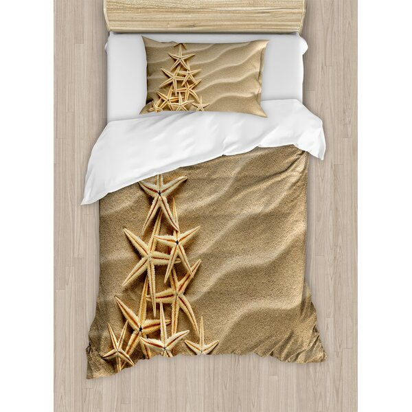 Christmas Tree from Shells on Sand Maritime Summer Coast Holiday Vacation Duvet Set by East Urban Home