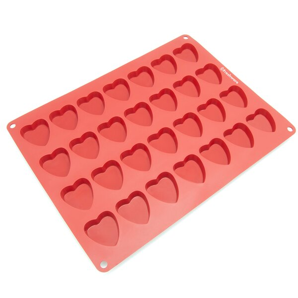 28 Cavity Heart Silicone Mold Pan by Freshware