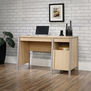 Reviews Veloz Desk By Latitude Run