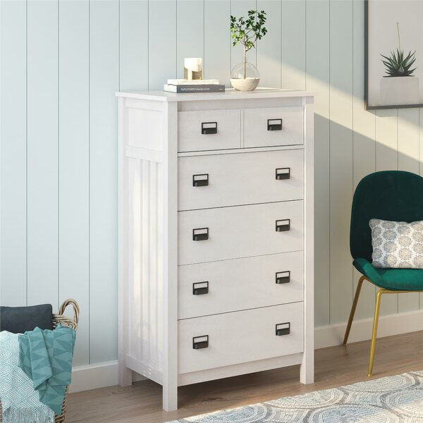 Olmstead 5 Drawer Chest by Gracie Oaks