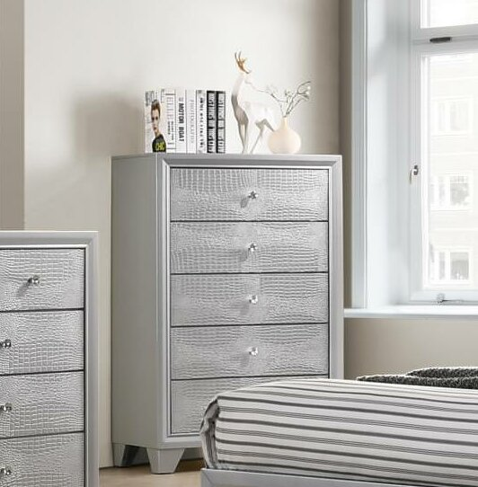 Sciortino 5 Drawer Chest by House of Hampton
