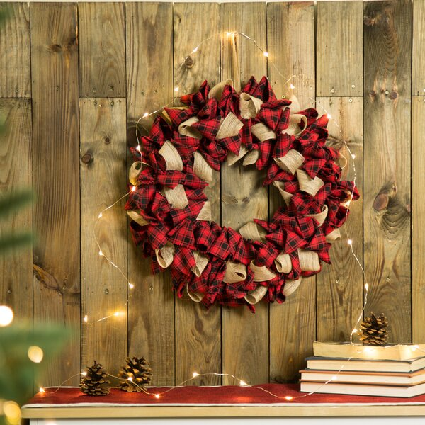 Plaid Fabric Wreath by Glitzhome