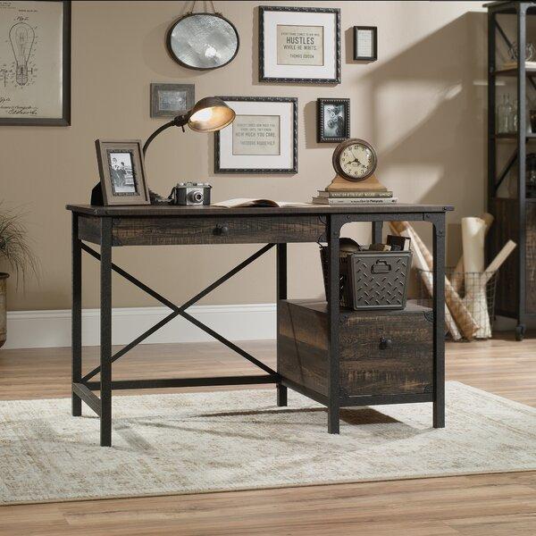 Toppenish Desk