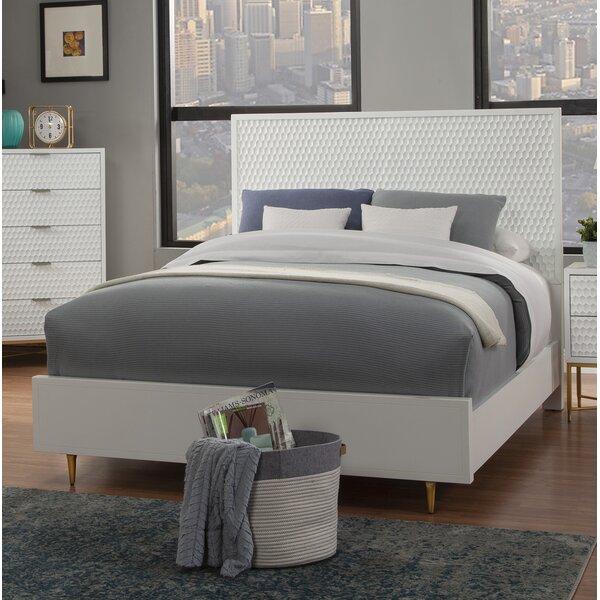 Mélanie Standard Bed by Ivy Bronx