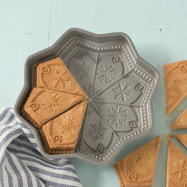 Sweet Snowflakes Non-Stick Shortbread Cake Pan by Nordic Ware